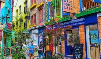 Moving to London: What You Need to Know | Essential Living
