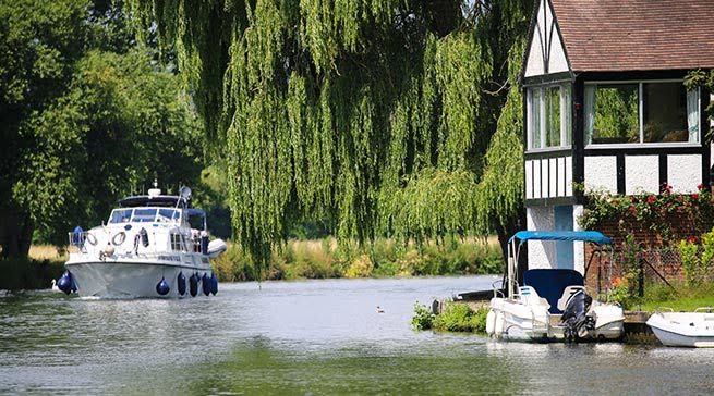 Cookham - Days Out in Berkshire